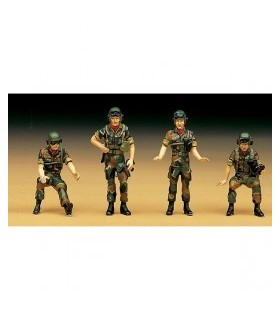 R.O.K. Conjunto de figuras Tank Crew Academy 1/35