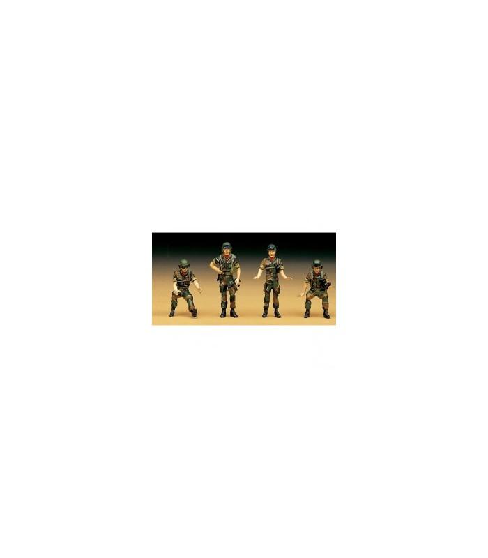 R.O.K. Conjunto de figuras de tripulação de tanque Academy 1/35