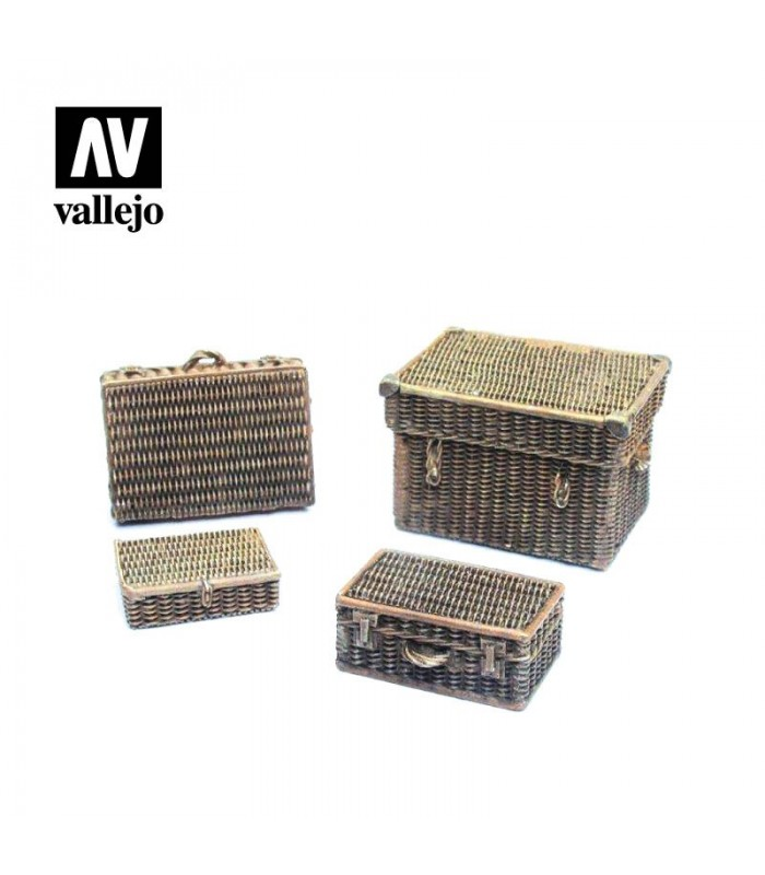 Wicker suitcases Vallejo Scenics SC227 1/35