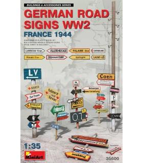 Germ Zubehör. Verkehrsschilder Frankreich 44 WW2. Maßstab: 1/35