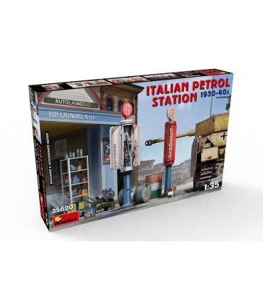 MiniArt Italian Petrol Station 1930-40s